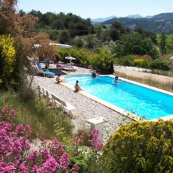 chambre d'hotes piscine provence baronnies